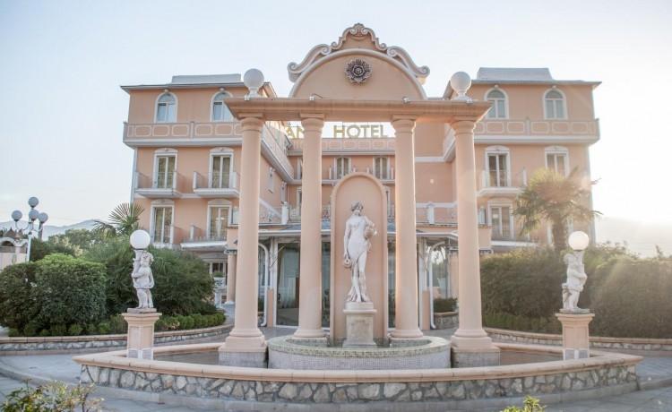 Esterni Hotel #esterni
