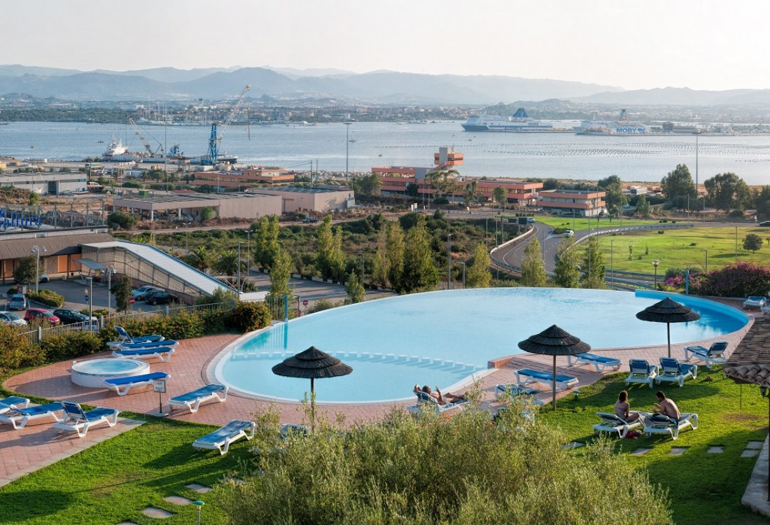Hotel Alessandro | Offerte Olbia Hotel | Dirotta da Noi